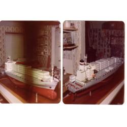 """Containerschiff """"Ambrosia""""..."""