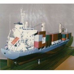 "Containerschiff ""Heike"" 1:100"